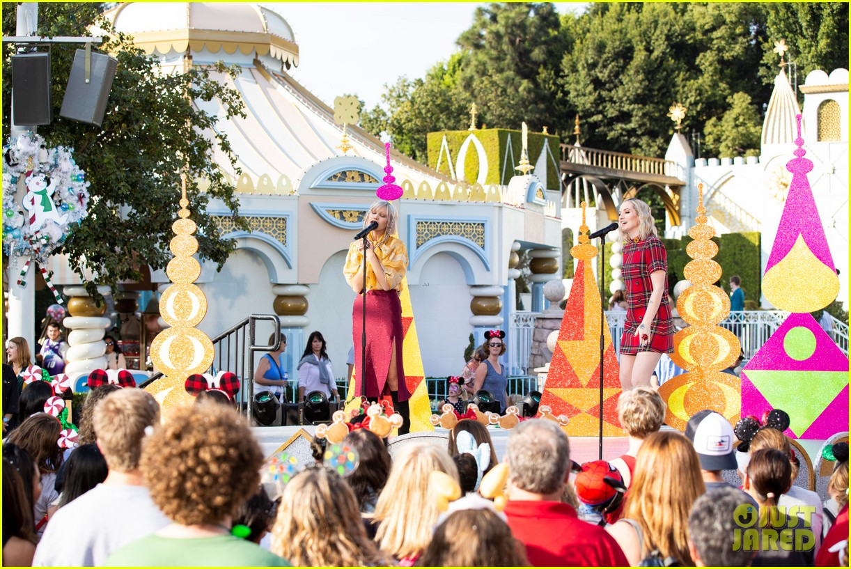 disney parks magical christmas day parade 2019 performers guests 05