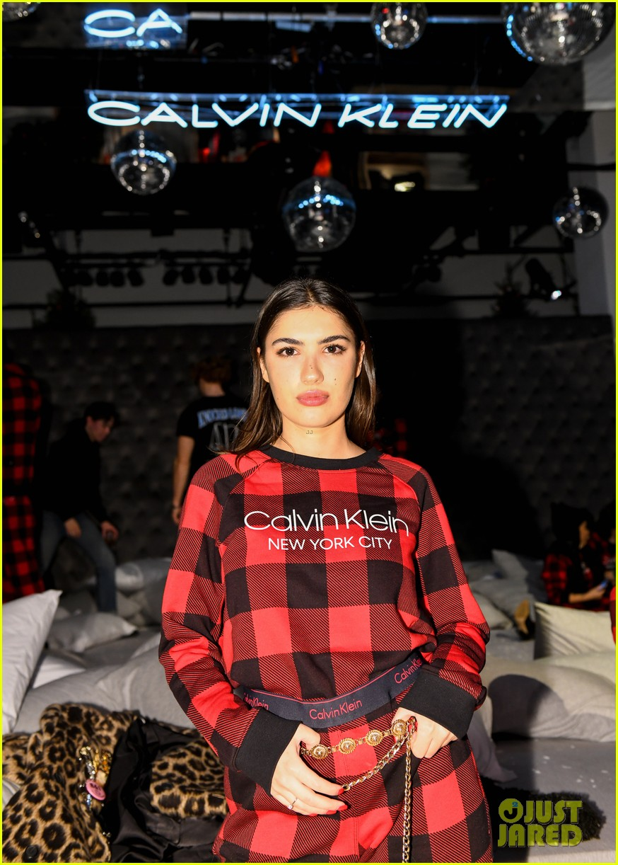 kendall jenner buffalo check pjs ck party 32