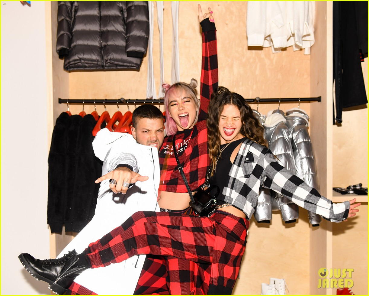 kendall jenner buffalo check pjs ck party 40