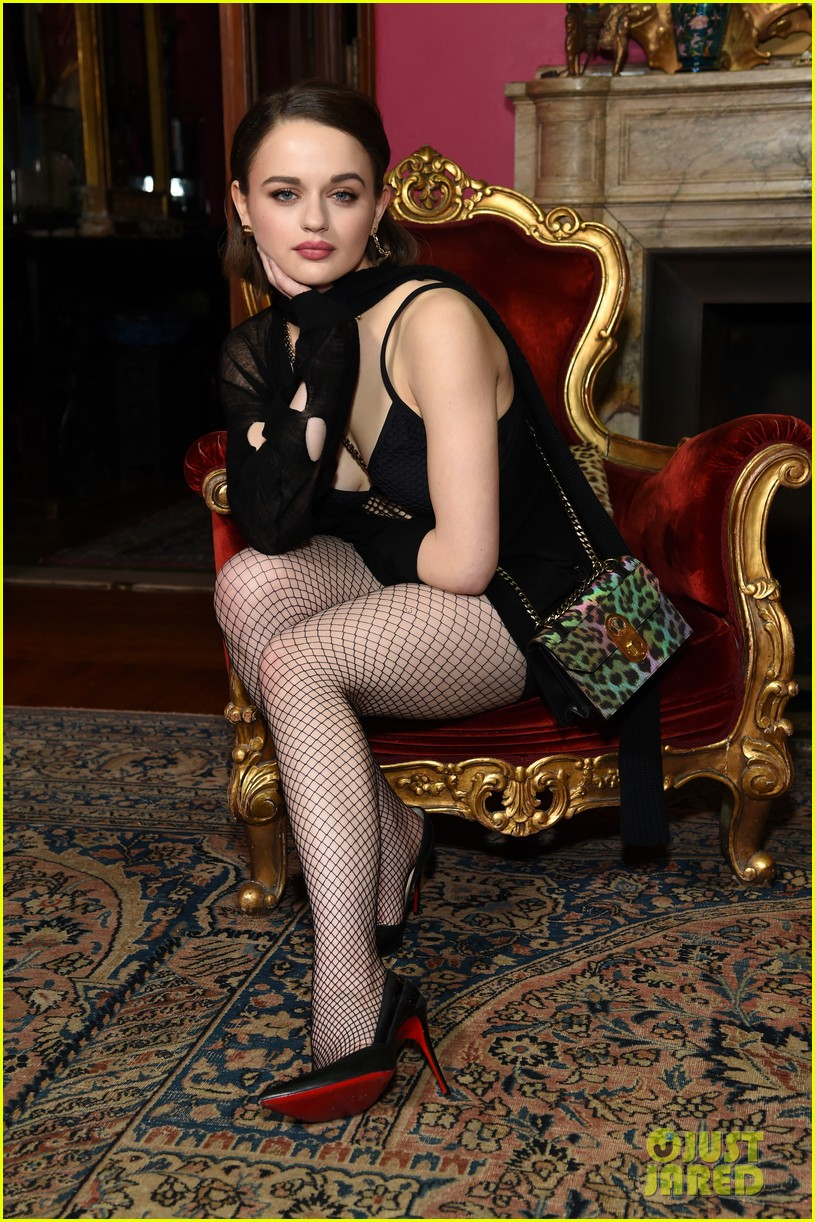 joey king kaitlyn dever christian louboutin event 18