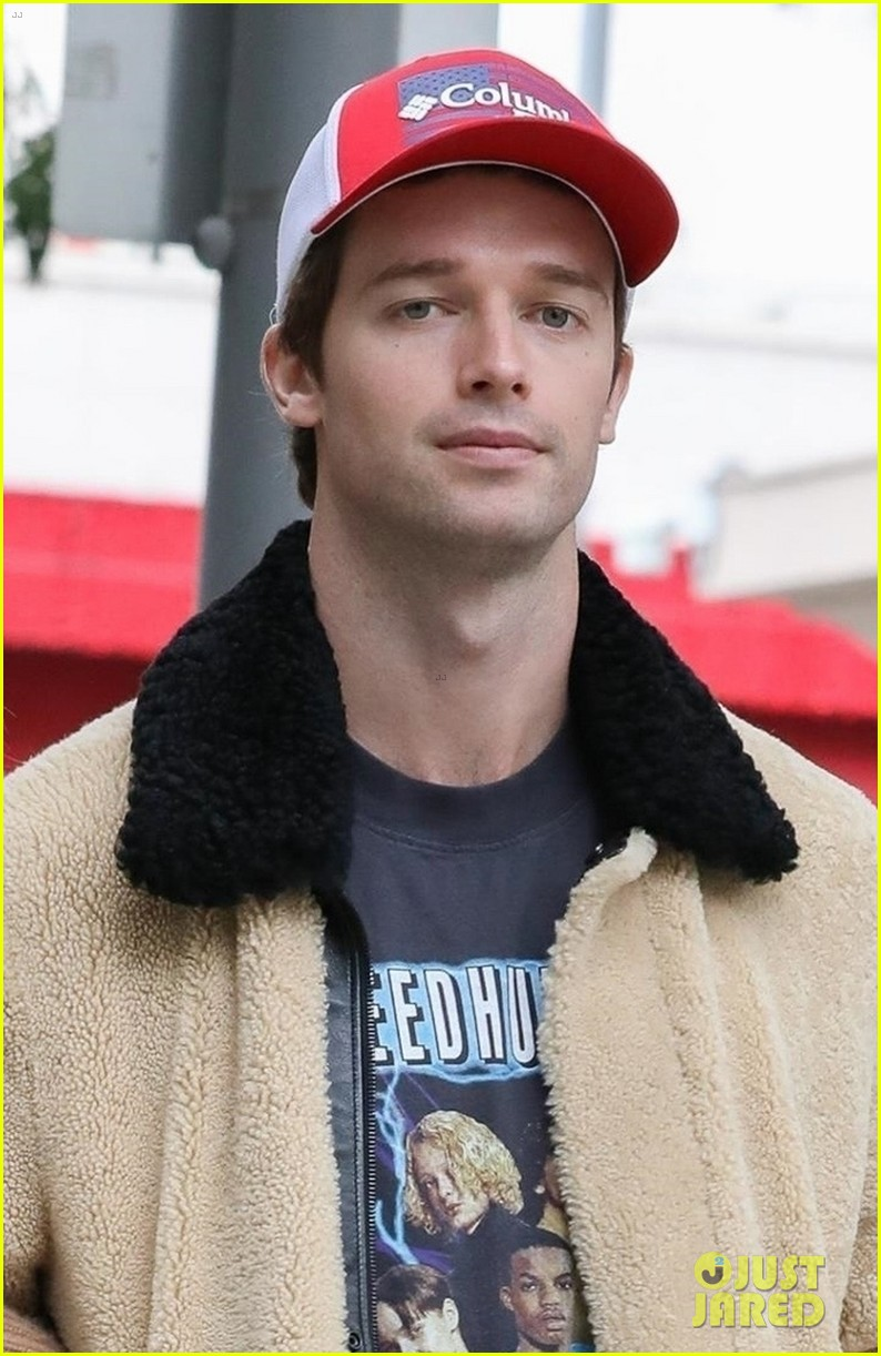 patrick schwarzenegger sharing tips for young entrepeneurs 02