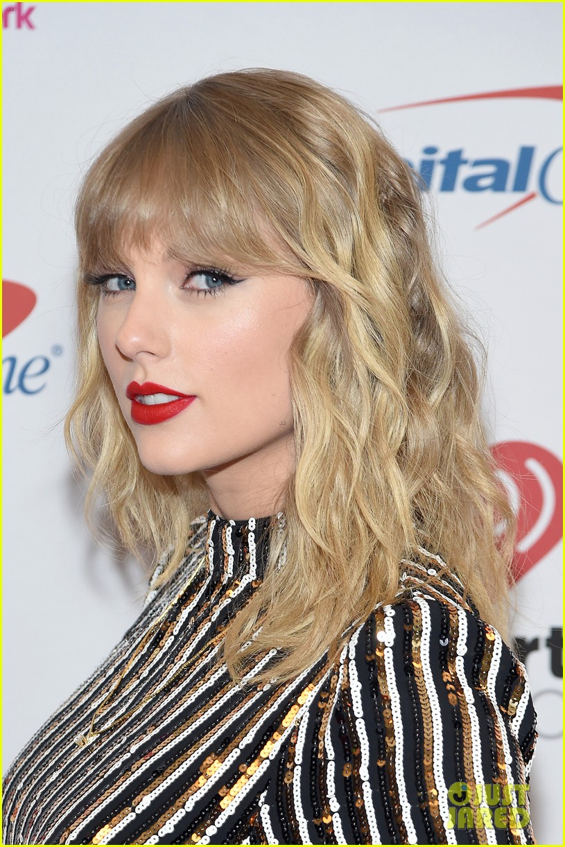 taylor swift z100 jingle ball cake 30
