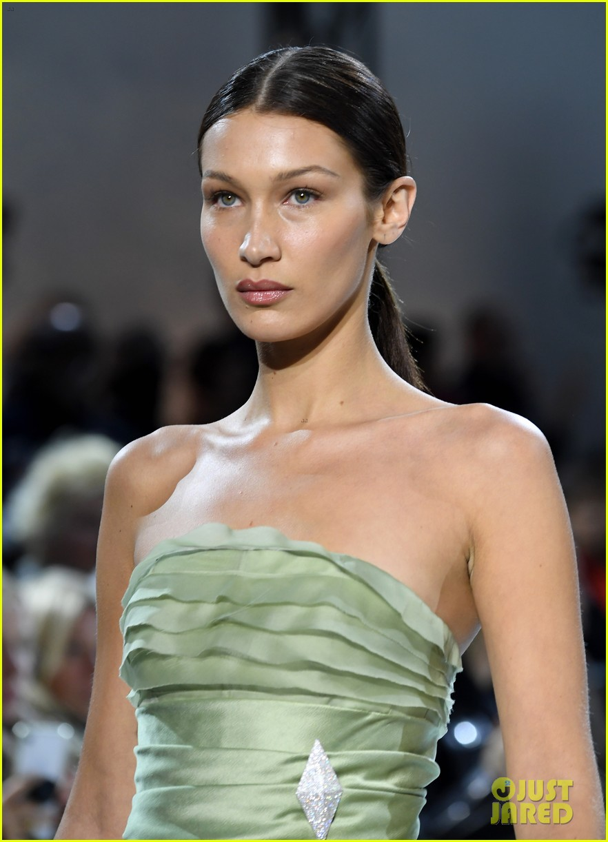 bella hadid green dress joan smalls tux pfw vauthier 05