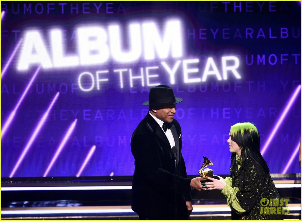 billie eilish album of the year says ariana grande deserves it 02