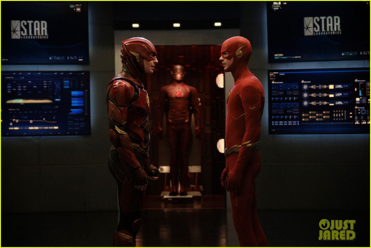 grant gustin ezra miller face to face as different flashes 03
