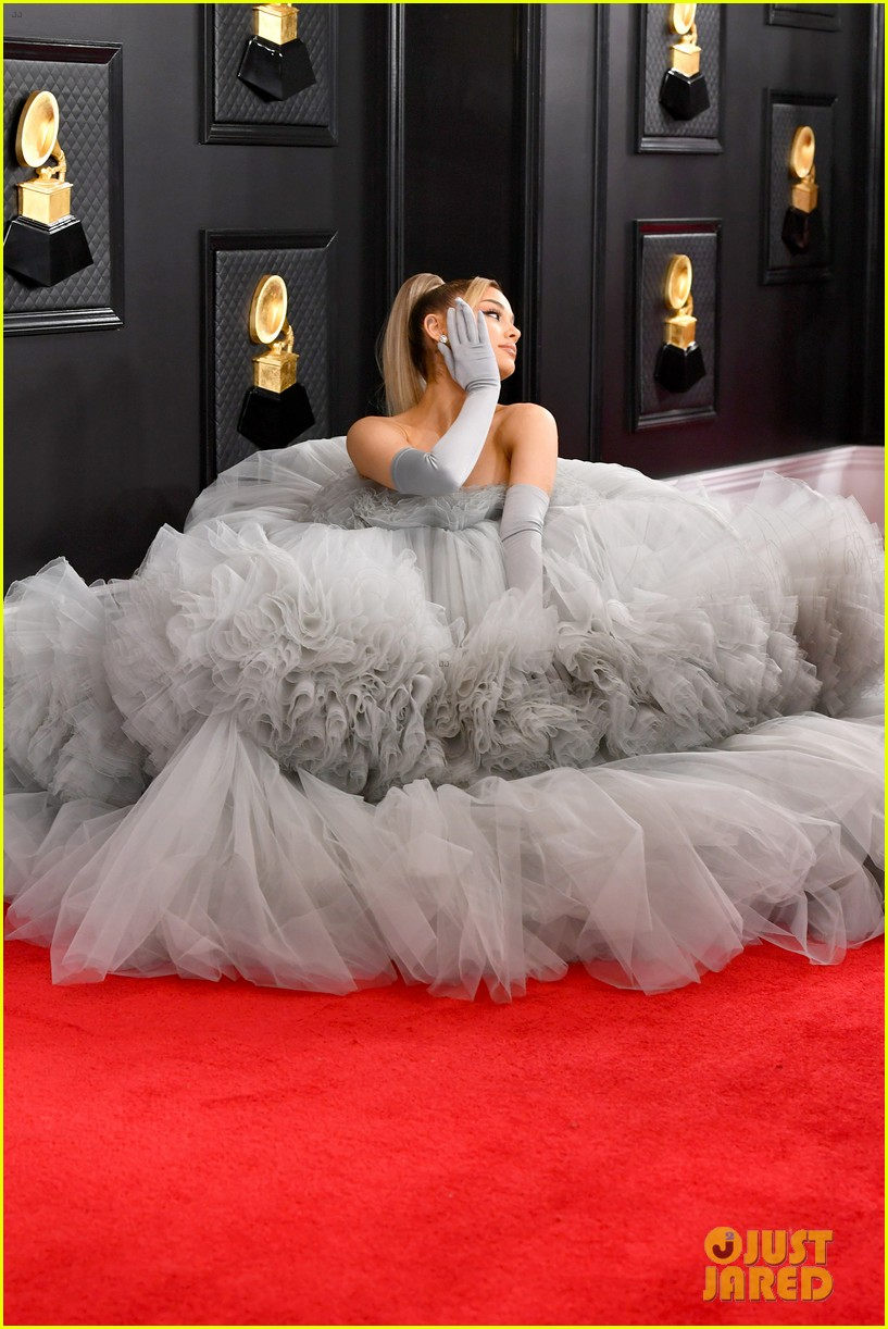Ariana Grande Has A Princess Moment On Grammys 2020 Red