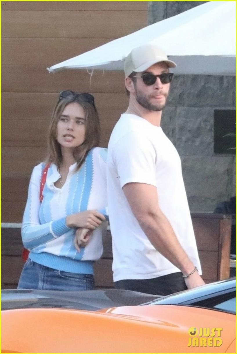 Liam Hemsworth Goes On a Breakfast Date with Girlfriend