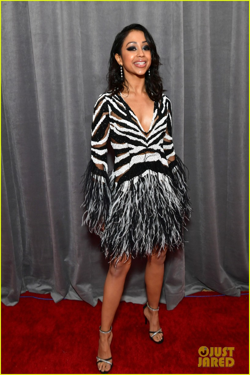 Liza Koshy Supports Her Work It Movie Producer Alicia Keys At Grammys 2020 Photo 1285106 2020 Grammys Liza Koshy Pictures Just Jared Jr
