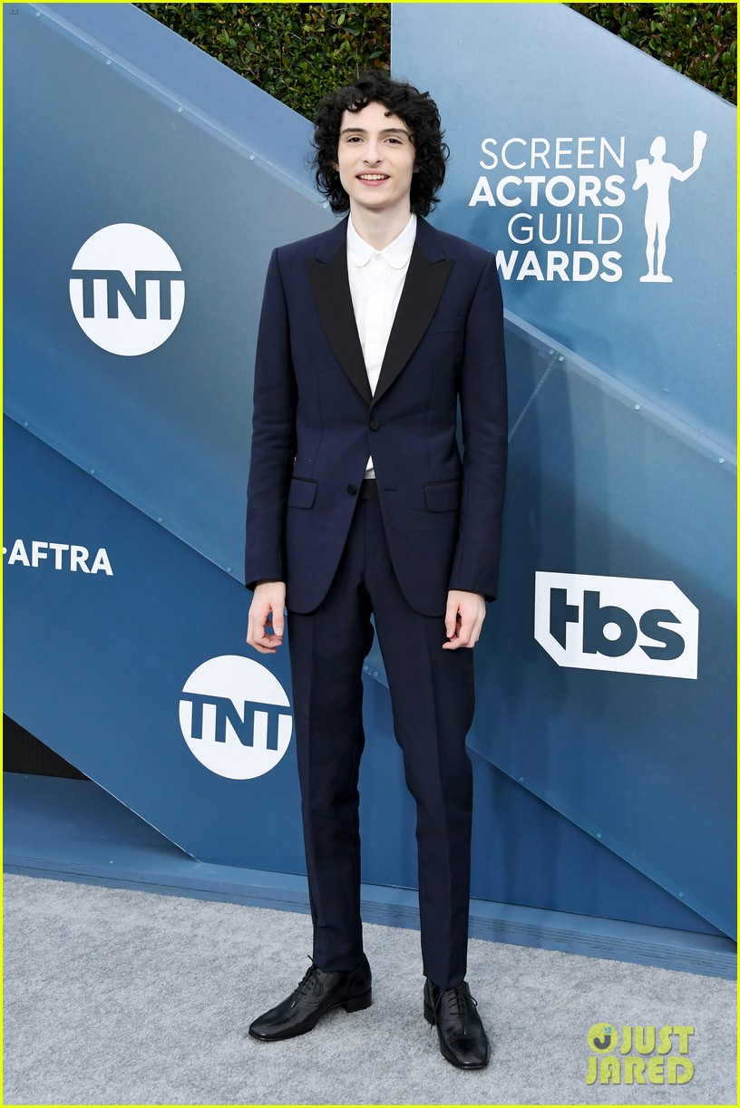 sadie noah finn more stranger things sag awards 02