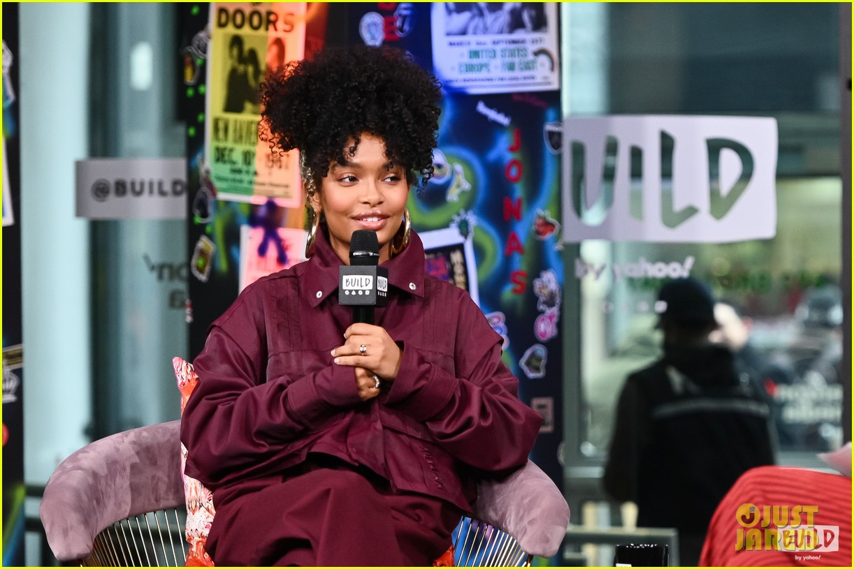 yara shahidi opens up about juggling work and school 05