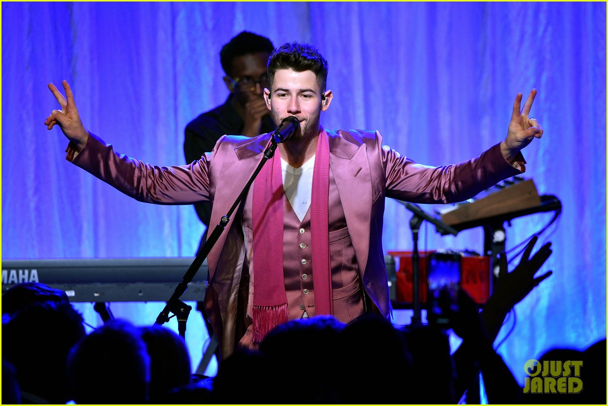 jonas brothers womens cancer charity event 02