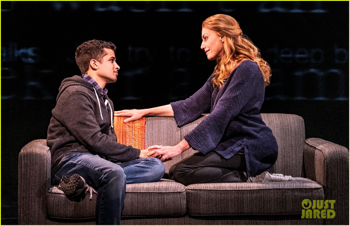 jordan fisher gabriella carrubba sing if i could tell her from dear evan hansen watch now 02