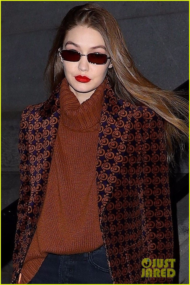 kendall jenner bella gigi hadid out during nyfw 02