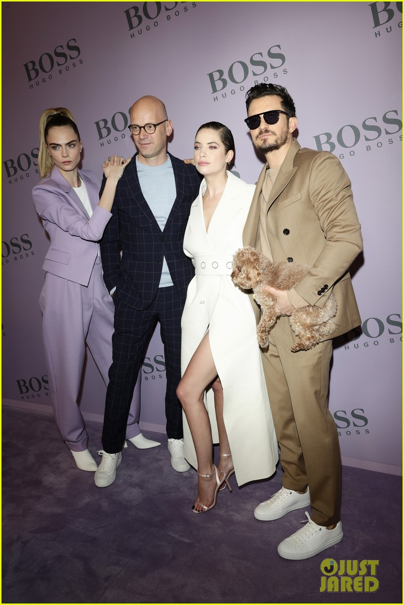 madelaine petsch surrounds herself with friends at boss fashion show in milan 14
