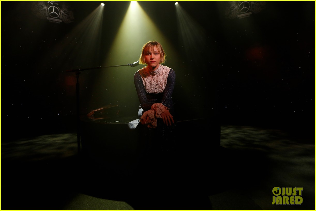 grace vanderwaal jimmy kimmel performance 04