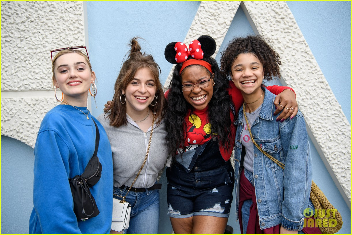 zombies 2 cast have fun filled day at disneyland 05