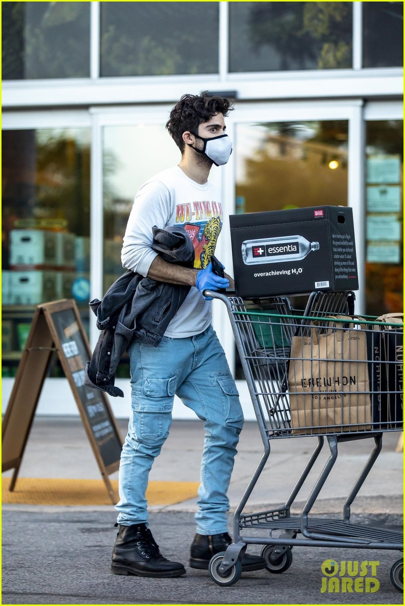 demi lovato boyfriend max ehrich break from quarantining to grocery shop 02