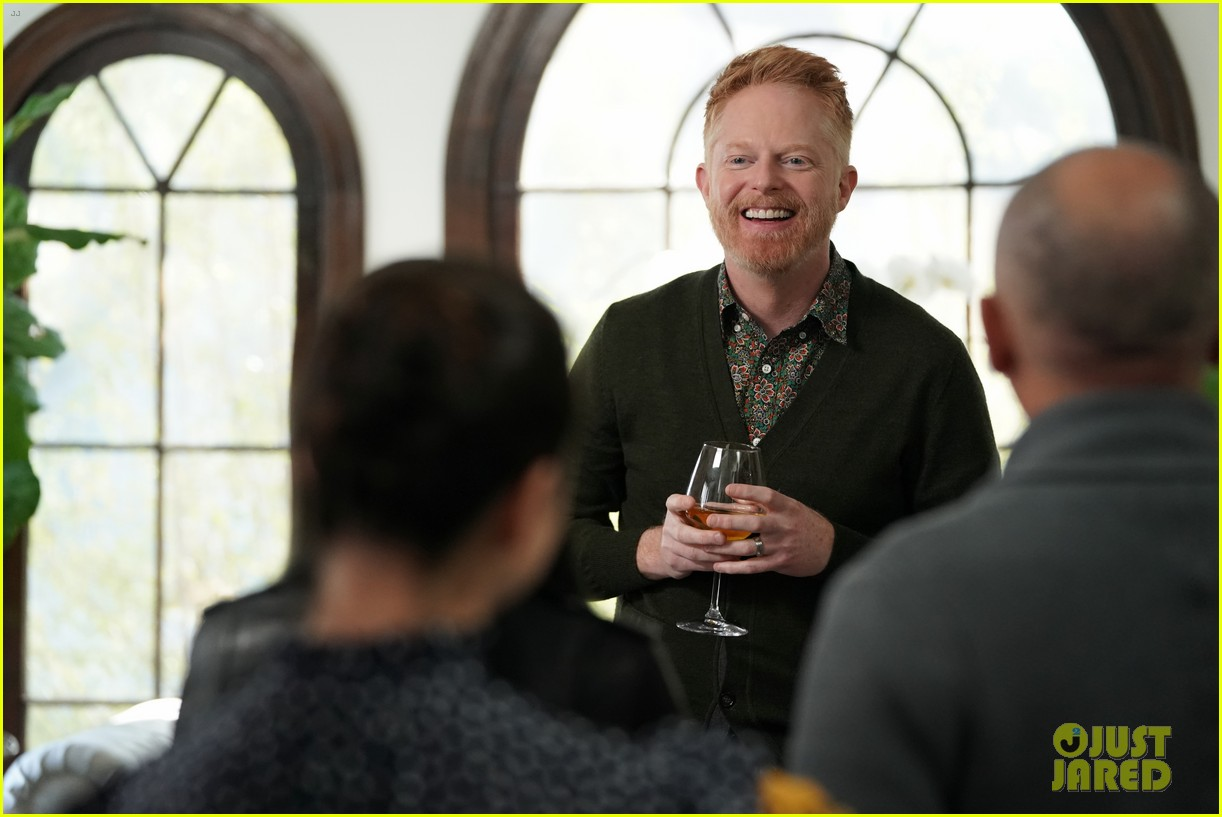 modern family comes to an end tonight after 11 seasons 28