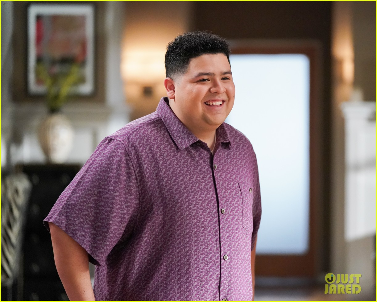 modern family comes to an end tonight after 11 seasons 38