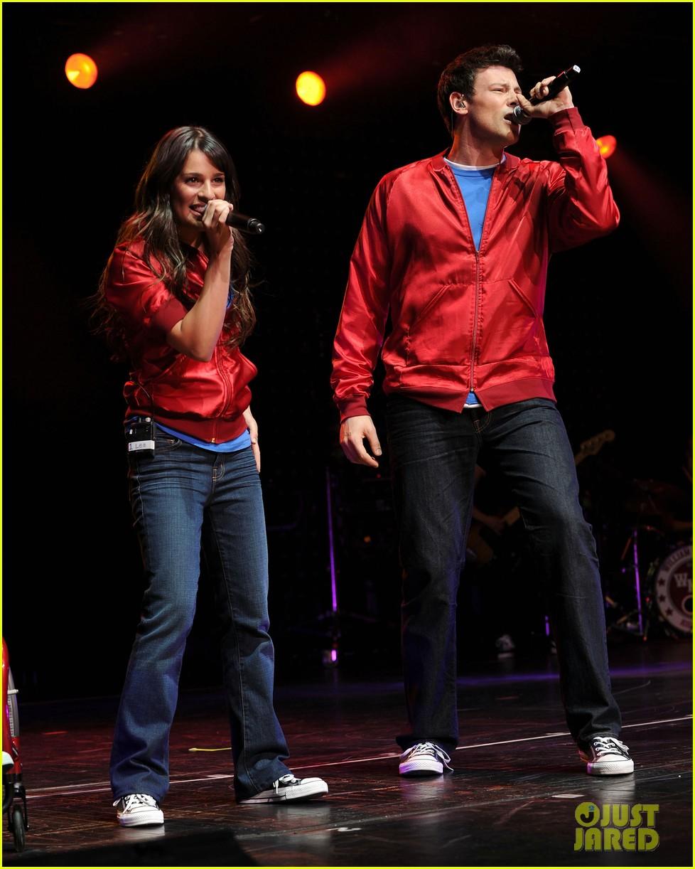 glee cast perform at radio city music hall throwback thursday 06