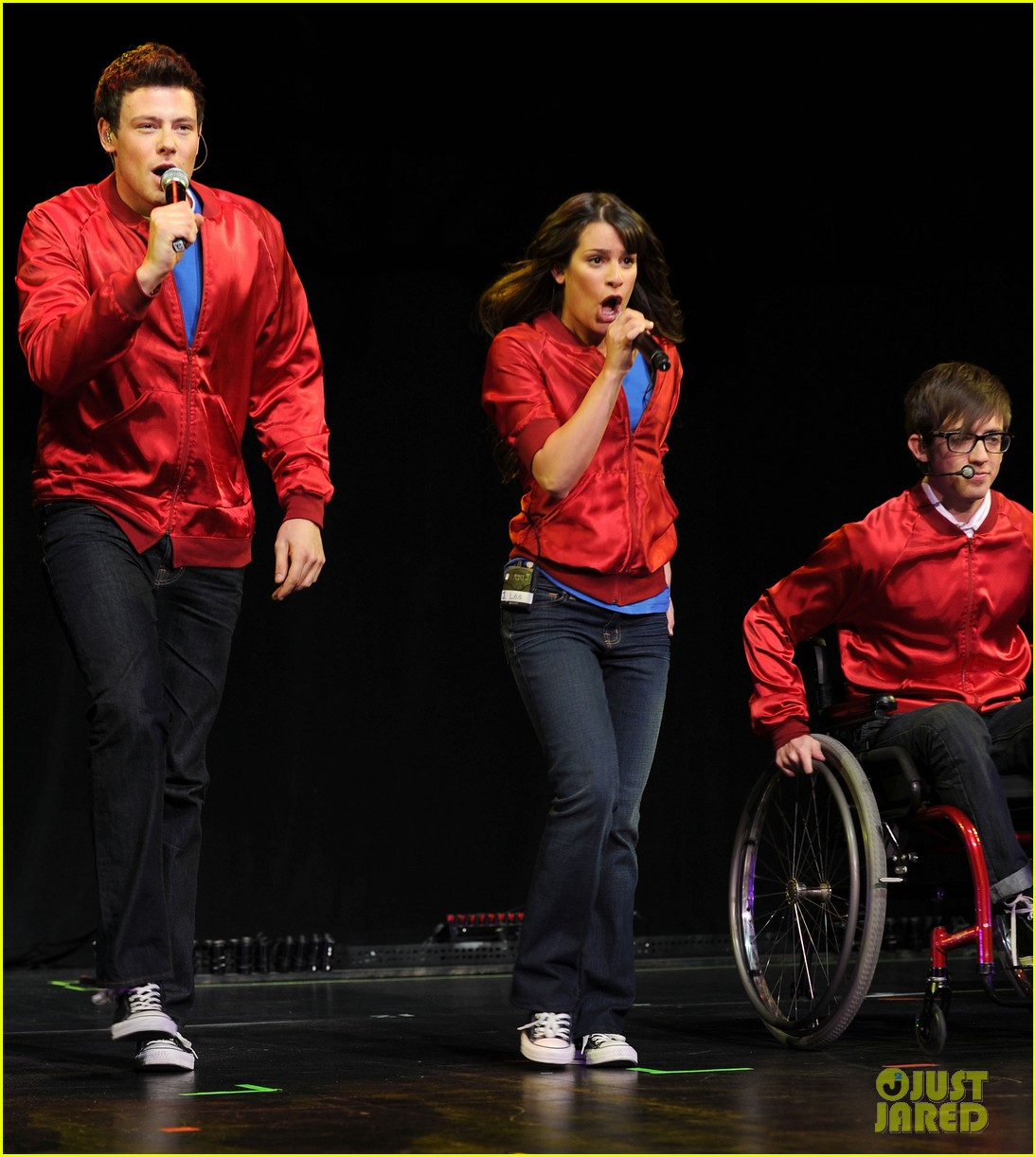 glee cast perform at radio city music hall throwback thursday 14