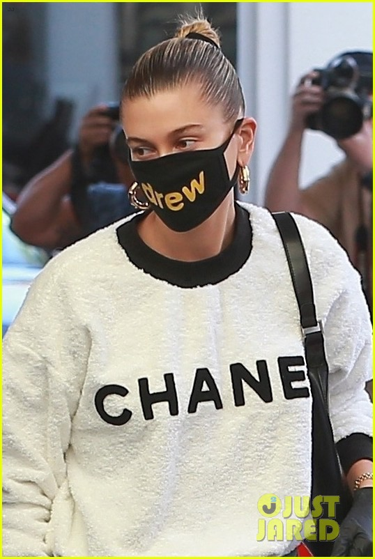 hailey bieber drew mask doc appt 07