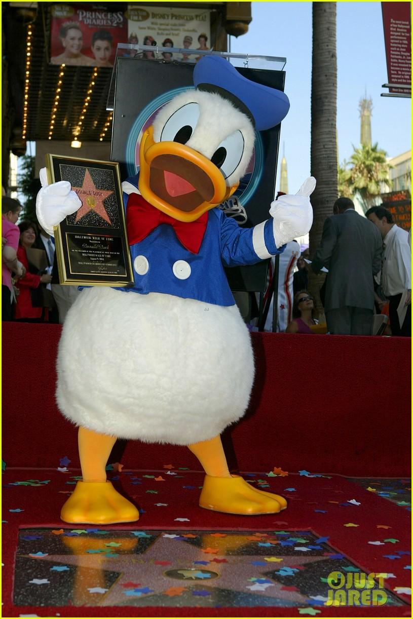 happy birthday donald duck celebrate with this disney plus watch list 04