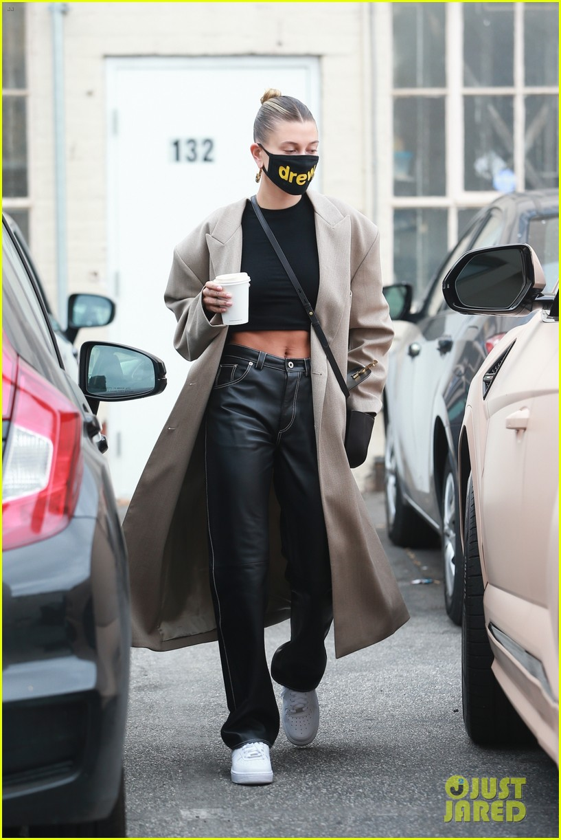 hailey bieber studio stop trench after road trip 04