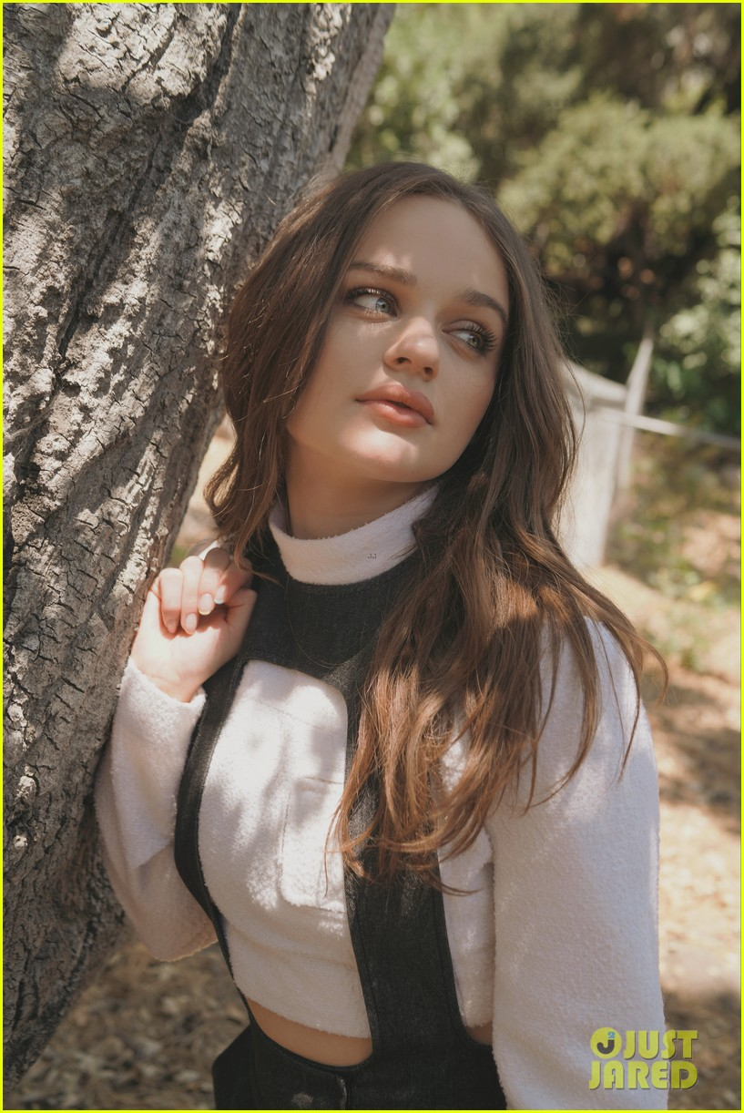 joey king variety interview 04