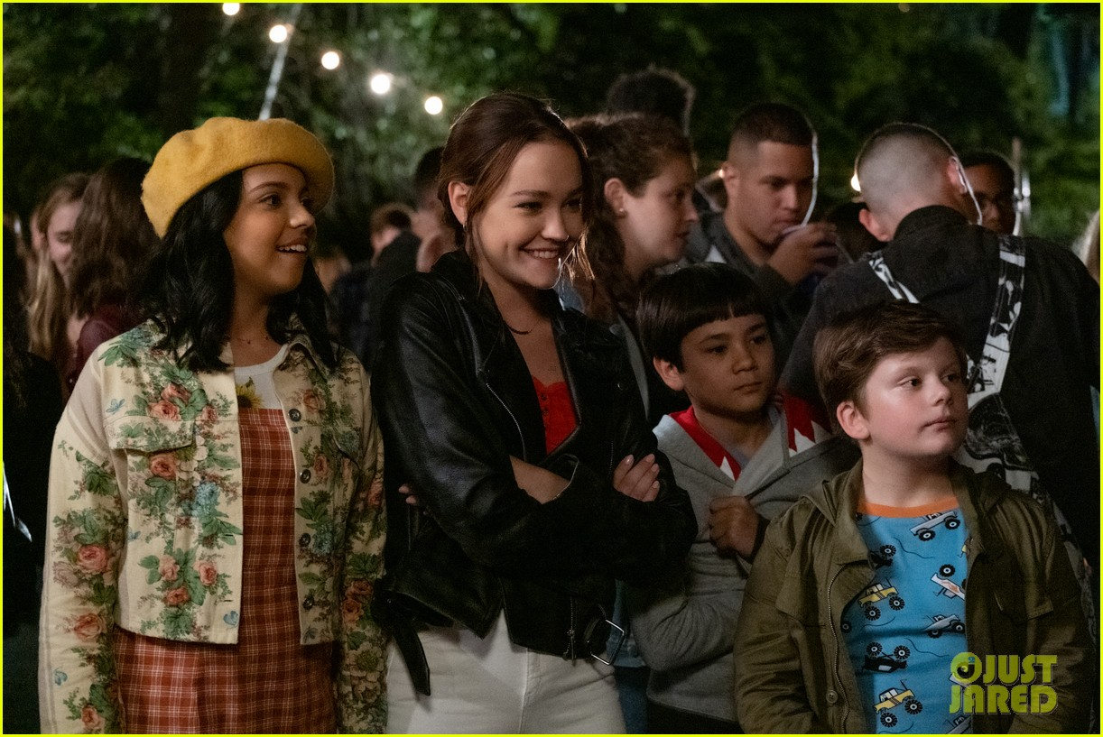 sadie stanley cree ciccino star in the sleepover trailer 03