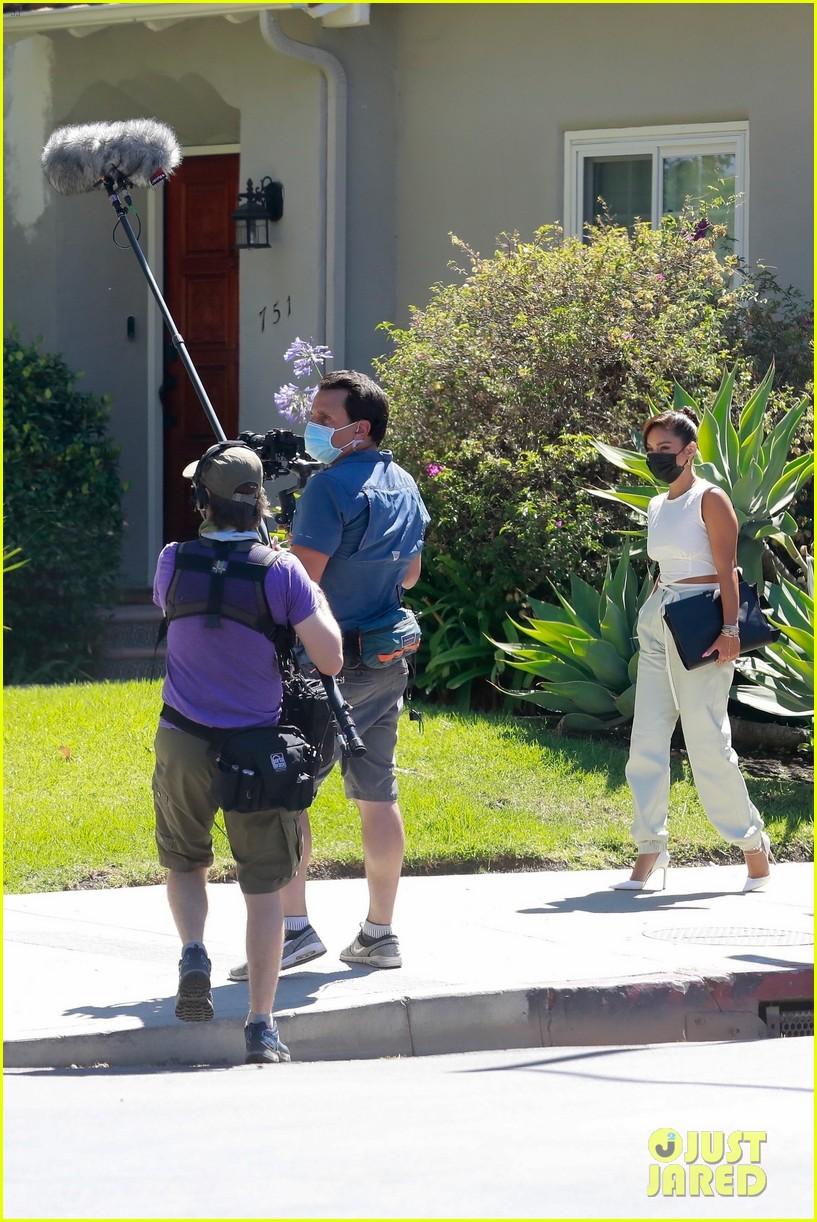 vanessa hudgens returns to set filming new project 05