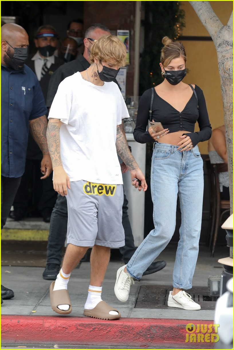 justin bieber new tattoo out for lunch with hailey bieber 05