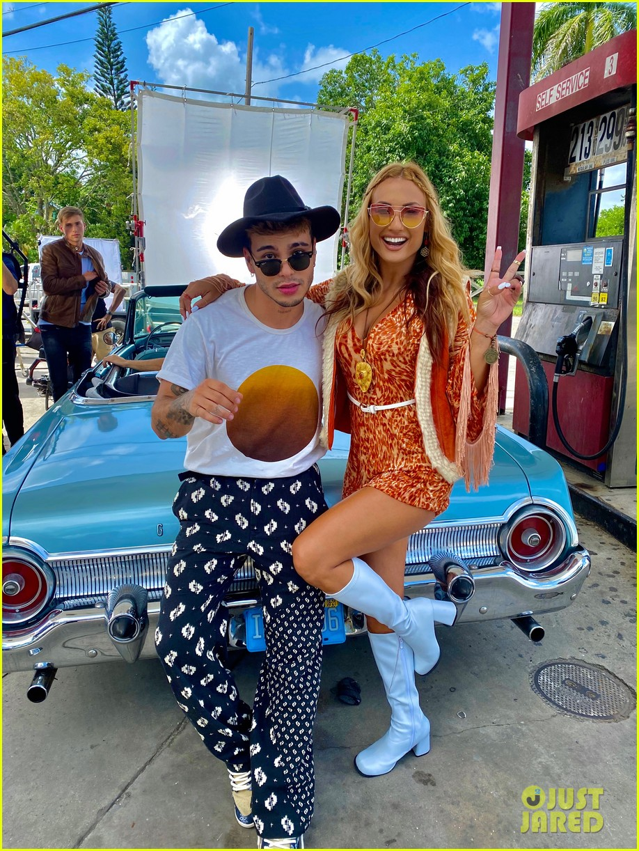 montana tucker premieres new sunday funday music video exclusive bts photos 13.