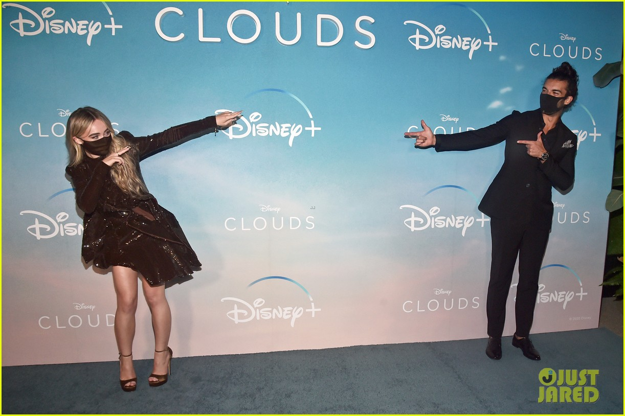 fin argus sabrina carpenter clouds premiere 05
