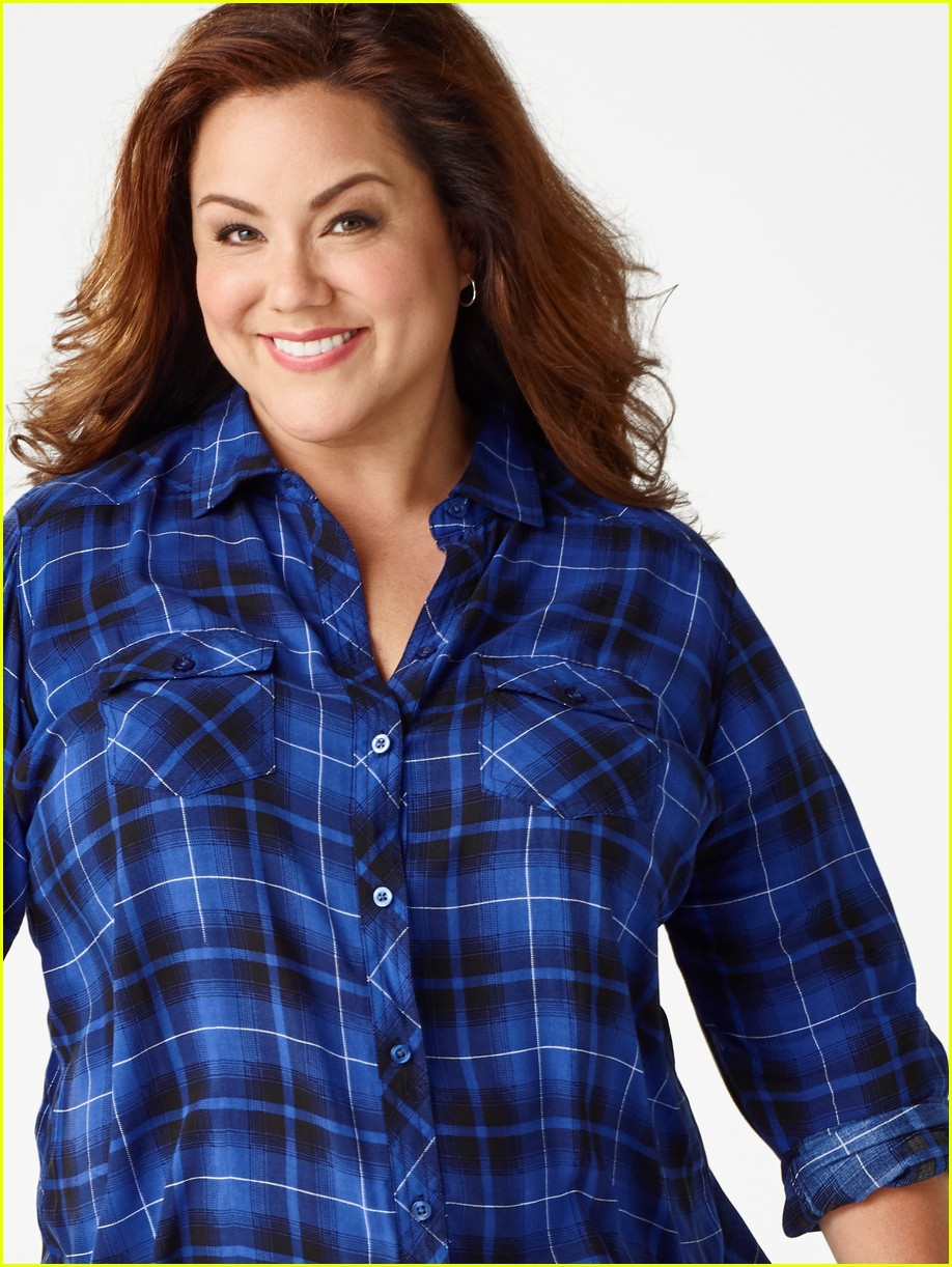 giselle eisenberg joins american housewife cast on new poster 06