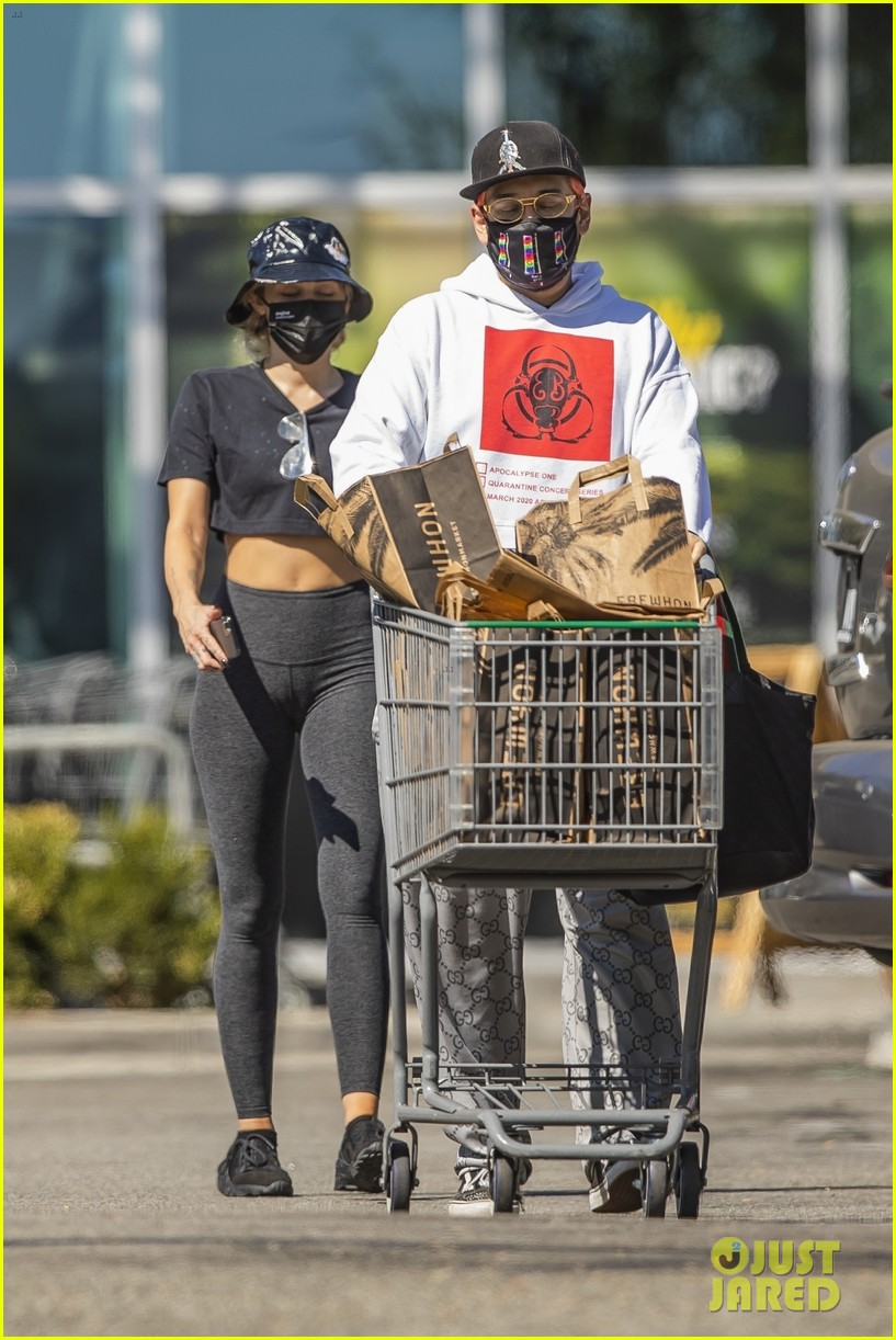miley cyrus groceries october 2020 01