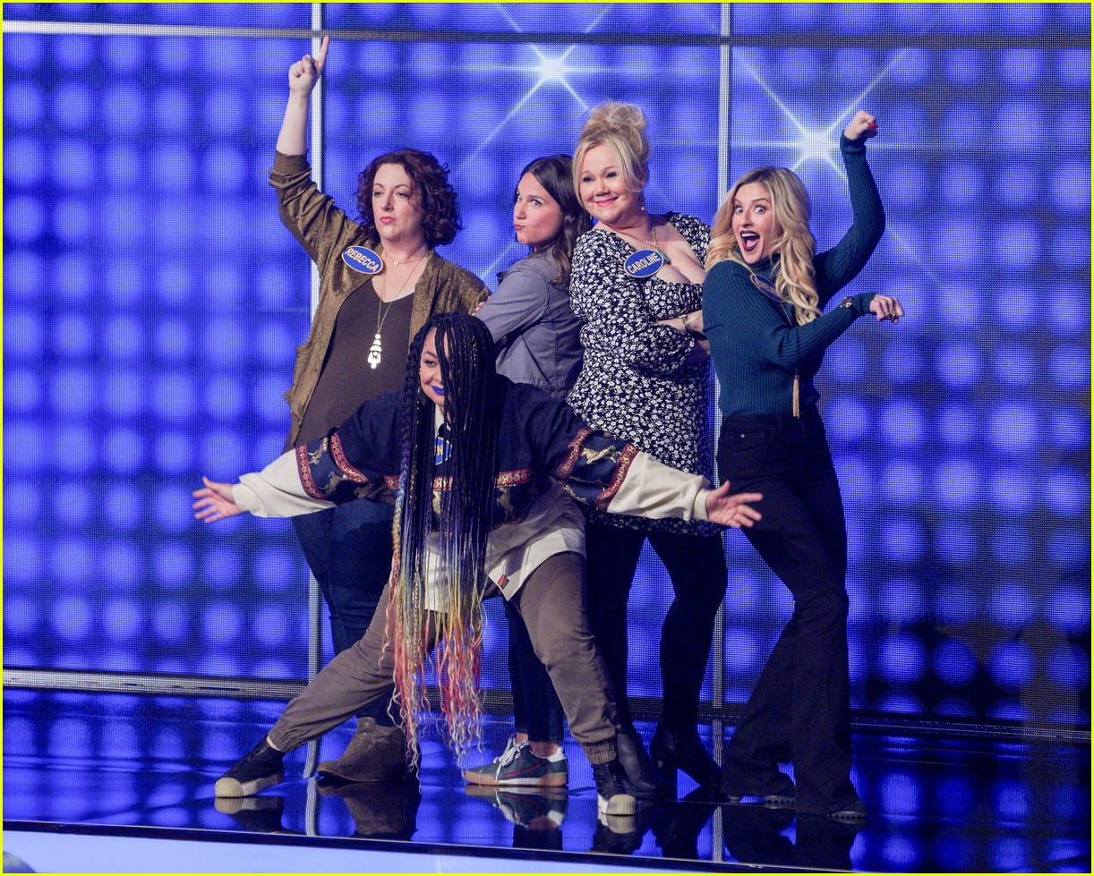 disney channel moms faced off against mixed ish cast on celebrity family feud 01