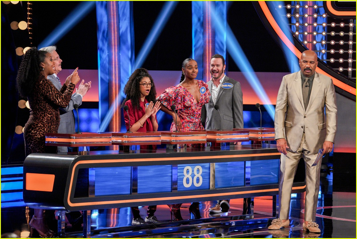 disney channel moms faced off against mixed ish cast on celebrity family feud 29