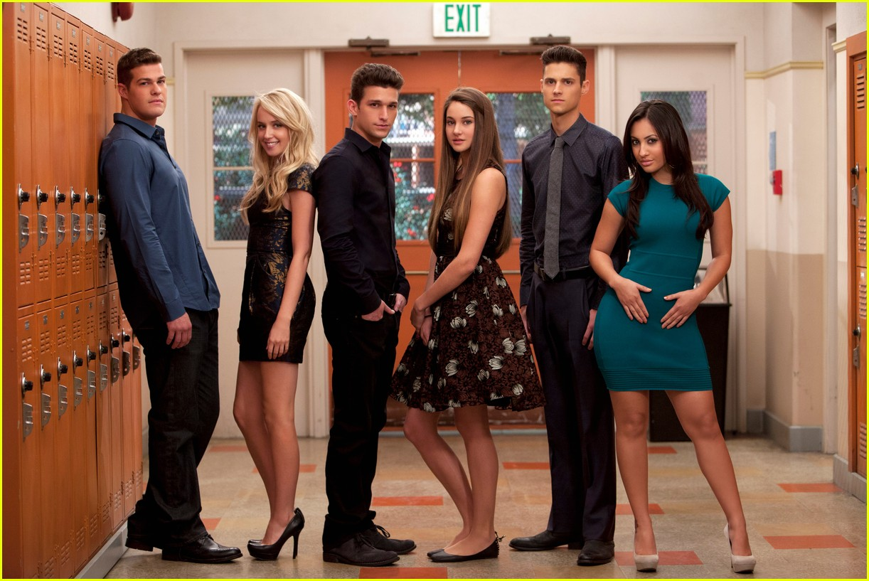 the cast of the secret life of the american teenager is reuniting for a call to vote 03