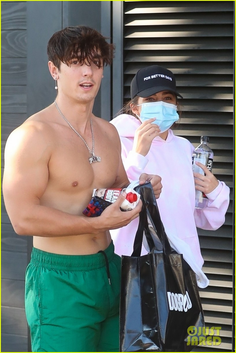 bryce hall leaves the gym shirtless with addison rae 01