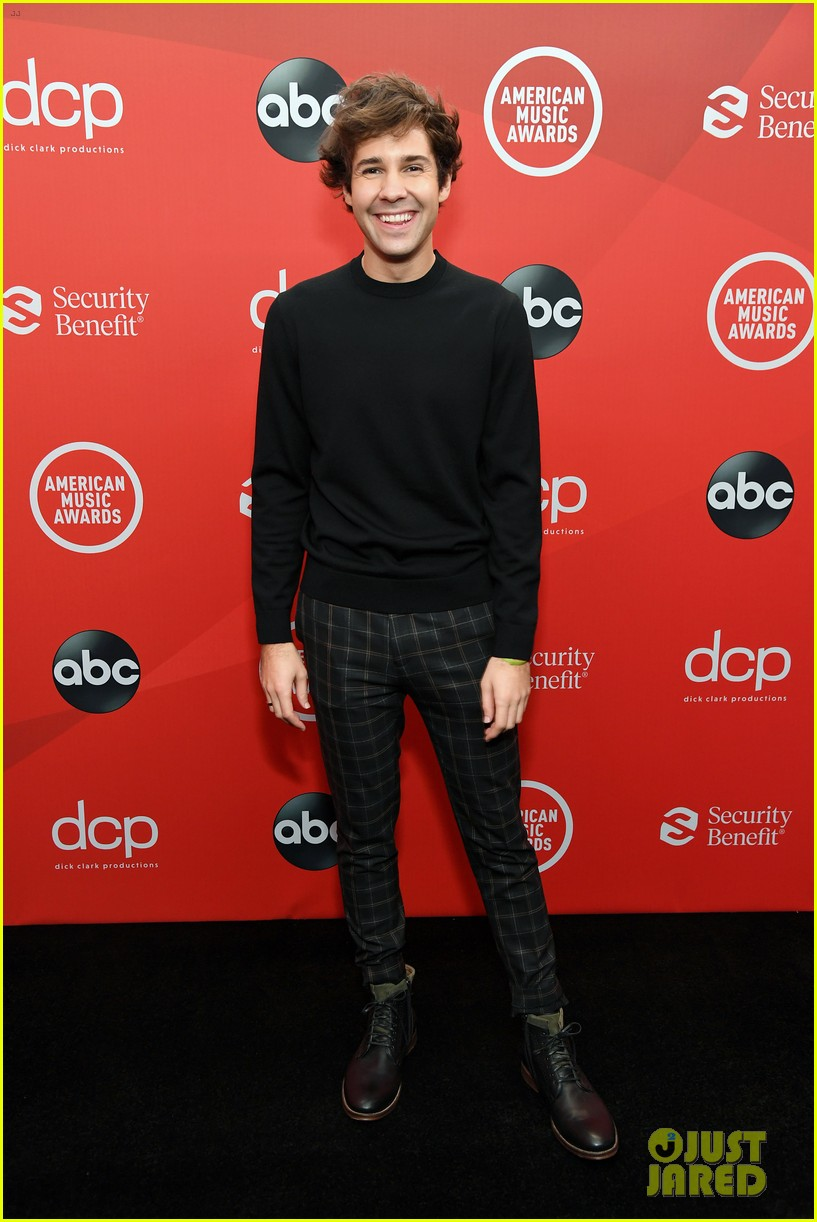 david dobrik derek hough step out for american music awards 02