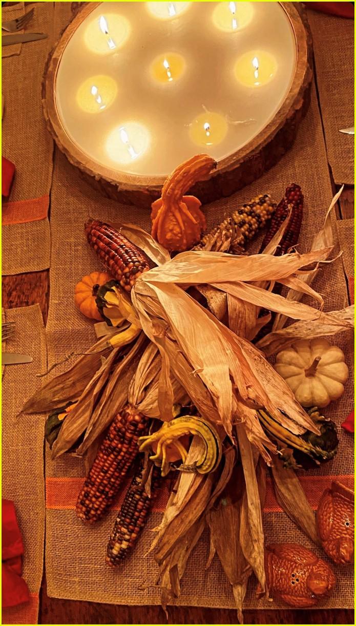 gigi hadid with baby thanksgiving pics 05