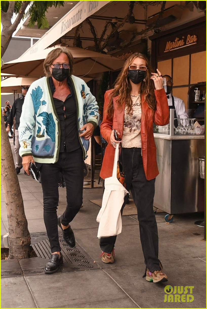 bella hadid takes her dad to lunch for his birthday 01