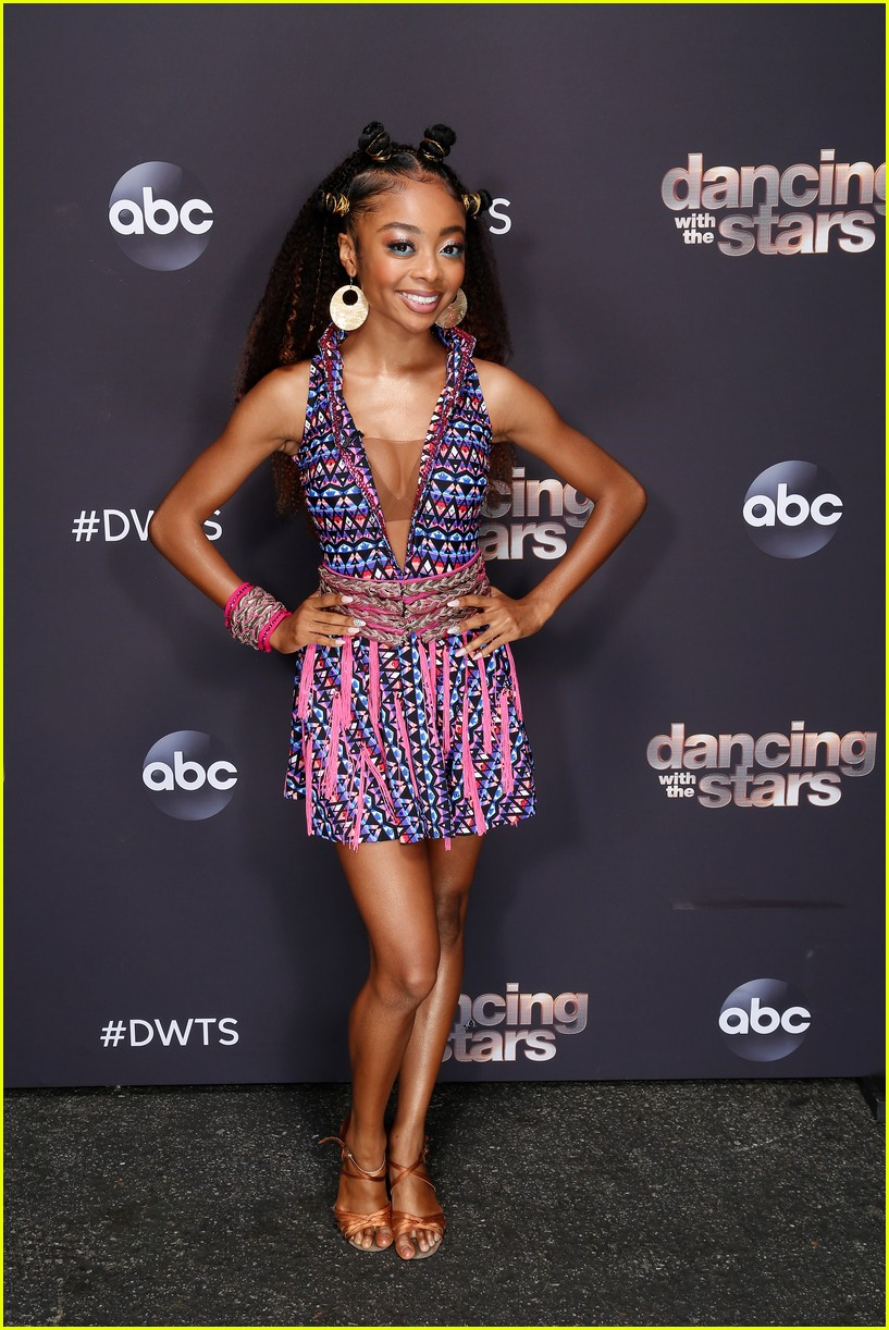 skai jackson worked it during salsa on dancing with the stars 02