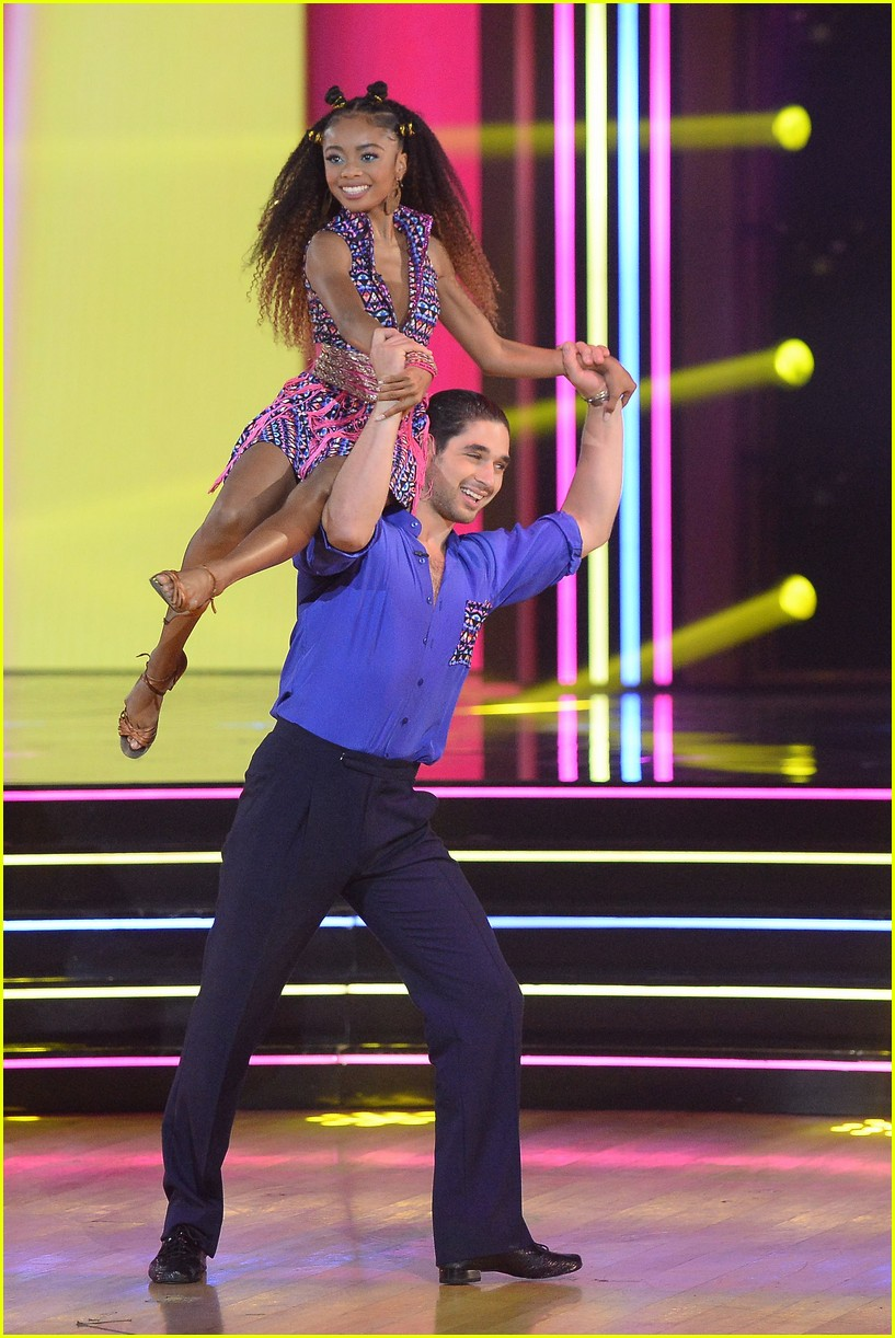 skai jackson worked it during salsa on dancing with the stars 03