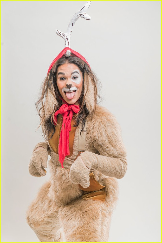 booboo stewart transforms into young max the dog from dr seuss the grinch 11