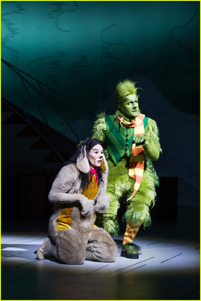 booboo stewart transforms into young max the dog from dr seuss the grinch 15
