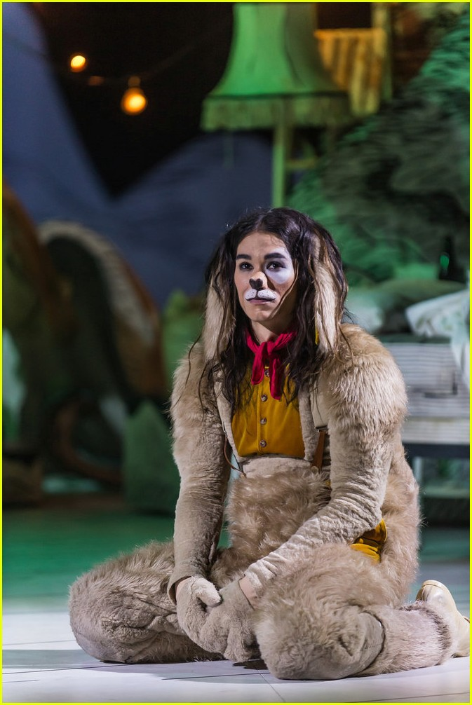 booboo stewart transforms into young max the dog from dr seuss the grinch 26