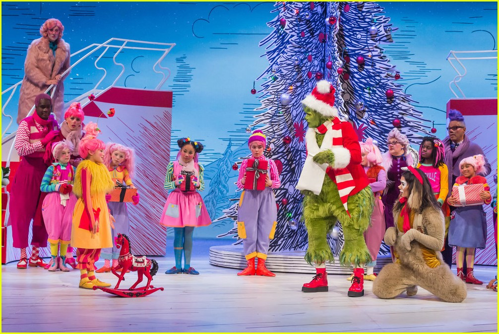 booboo stewart transforms into young max the dog from dr seuss the grinch 28
