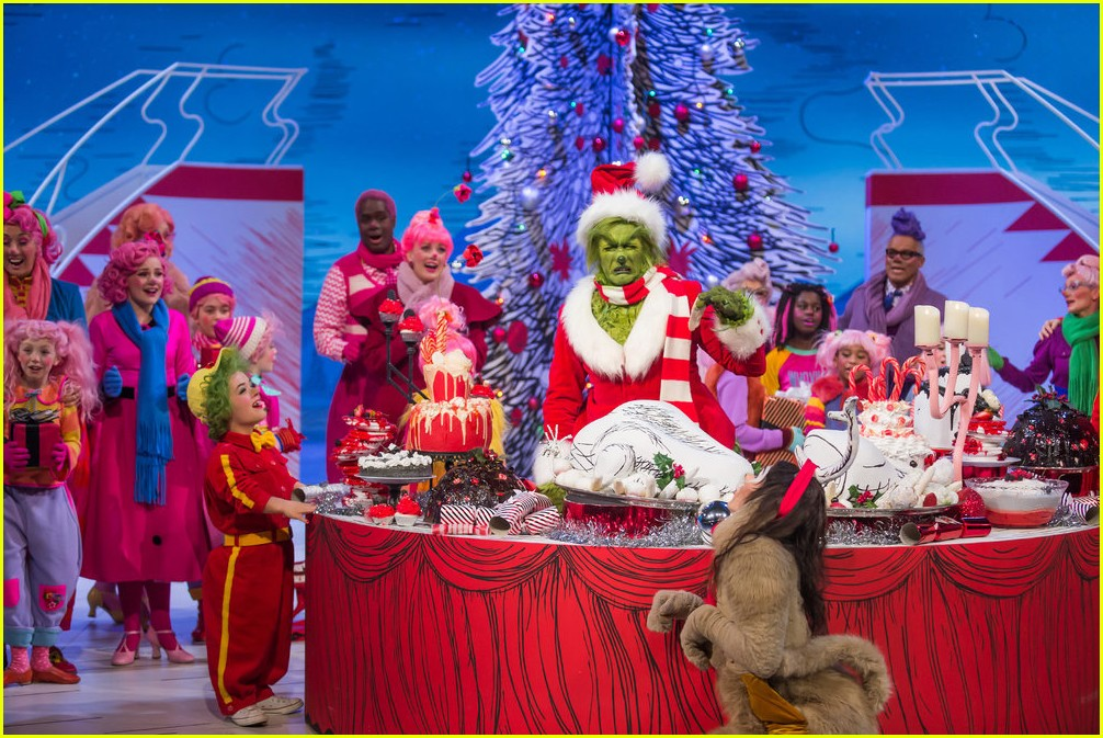 booboo stewart transforms into young max the dog from dr seuss the grinch 30